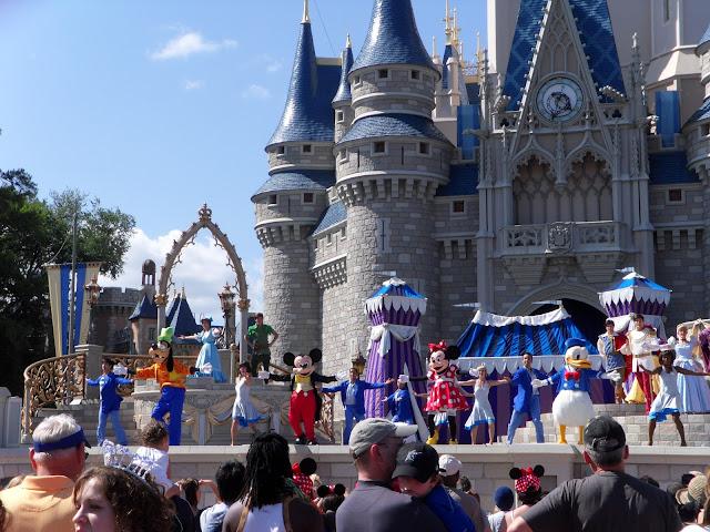 I'm back: Disney Pics!