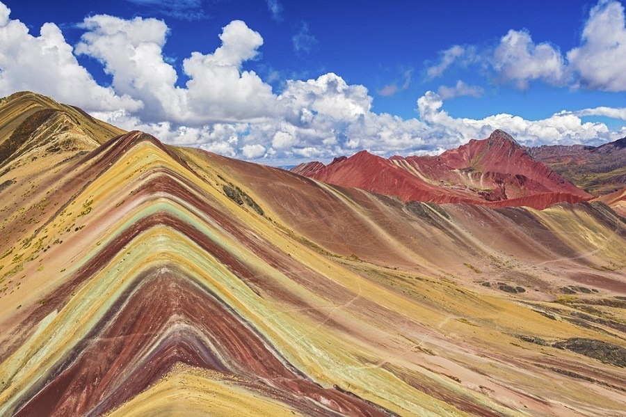 ausangate-rainbow-mountain