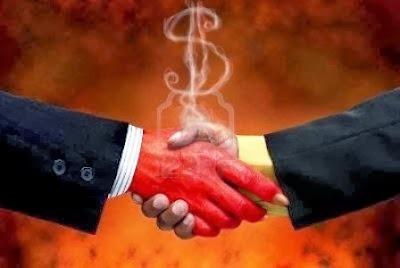 [vender+tu+alma+al+diablo+editoriales+piratas+autopublicacion+como+escribir+una+novela%5B2%5D]