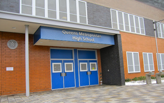 How should I start of the essay to get into Queens Gateway To Health Science Secondary School?