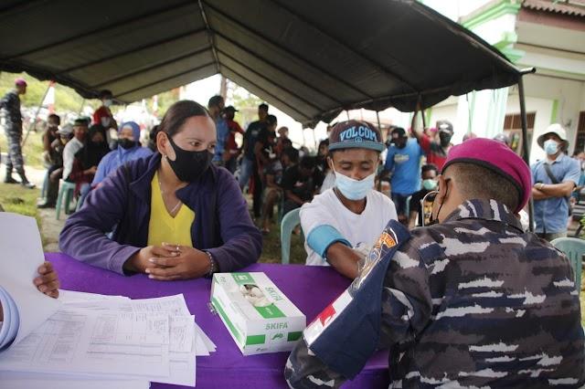 Serbuan Vaksinasi Korps Marinir TNI AL Menyasar Hingga Kampung Klasari Wonosobo, Kabupaten Sorong