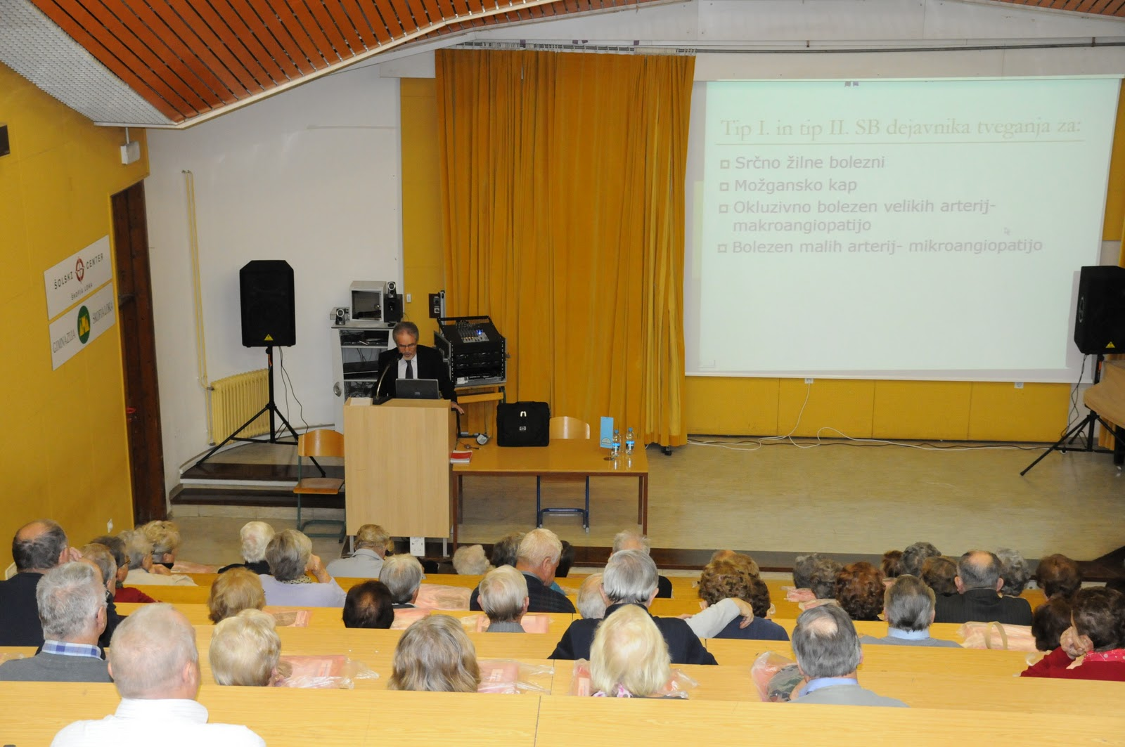 Predavanje, dr. Camlek - oktober 2011 - DSC_3882.JPG