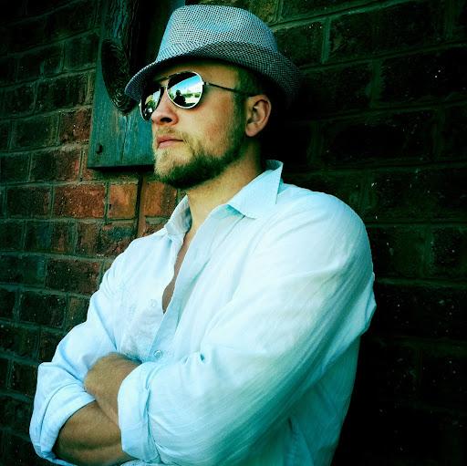 Michael Simmons Photo 54