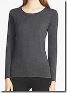 Uniqlo Heattech Crew Neck Long Sleeved T-Shirt