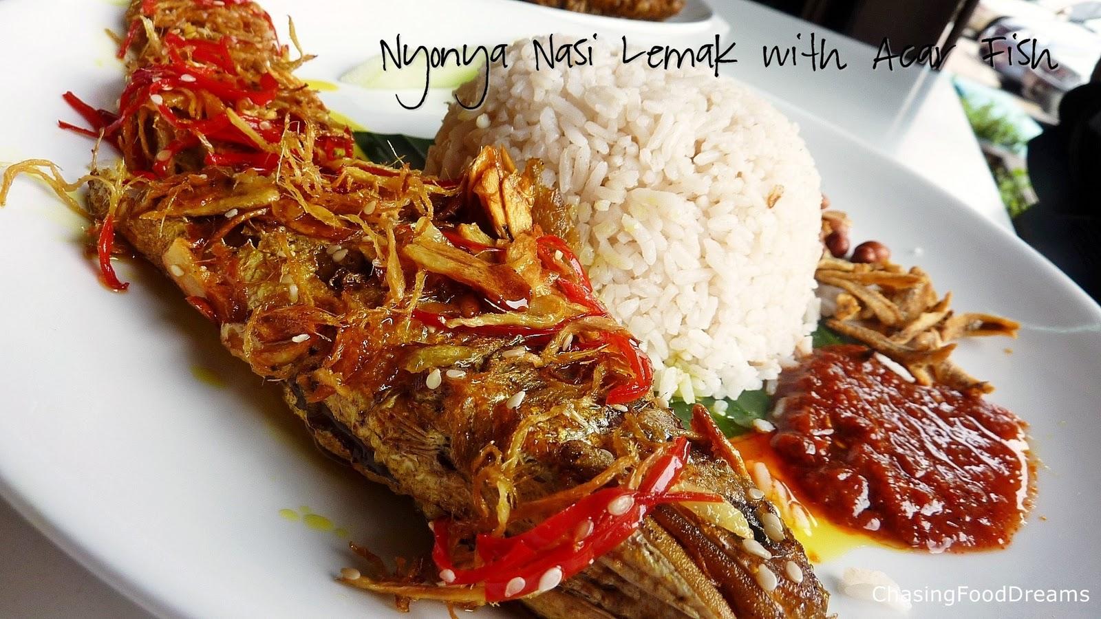 CHASING FOOD DREAMS: Heritage Village Aman Suria: Penang Nyonya Food