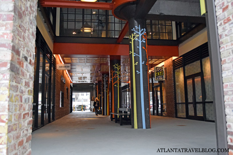 Здание Ponce City Market в Атланте