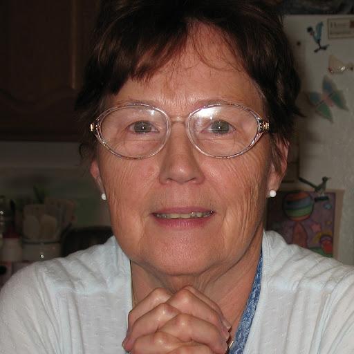 Lois Burns