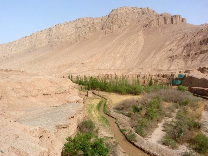 XINJIANG.  Turpan. Ancient city of Jiaohe, Flaming Mountains, Karez, Bezelik Thousand Budda caves - P1270901.JPG