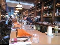 Furlough Toronto: bar