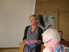 Provst Grethe Wigh Poulsen bød ministeren velkommen til Kolding provsti