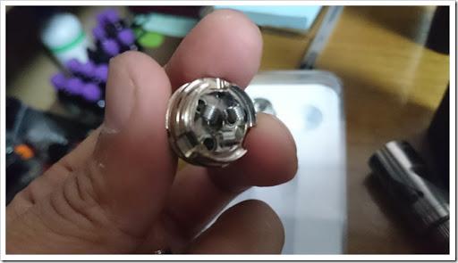 DSC 1114 thumb%25255B4%25255D - 【RTA】最大140W対応の上級者向け爆煙トリプルトップフィルRTA「Smkon Triangle Top Filling 4.2ml RBA Tank」レビュー!