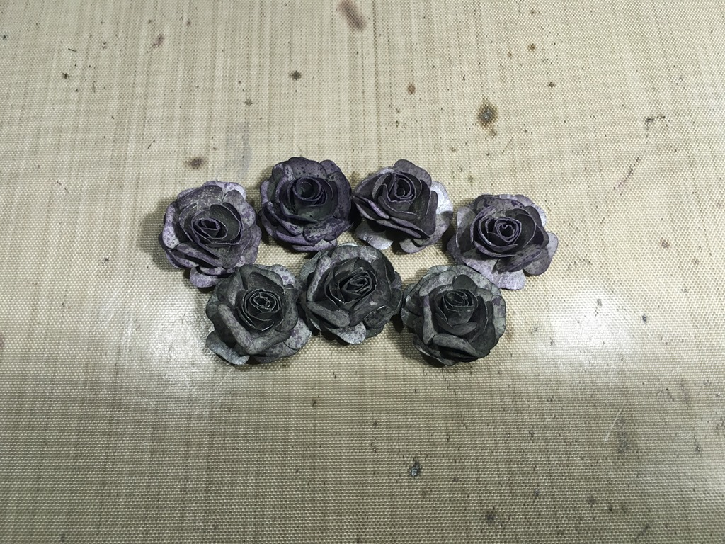 [22+Small+Silver+and+Purple+Roses%5B5%5D]