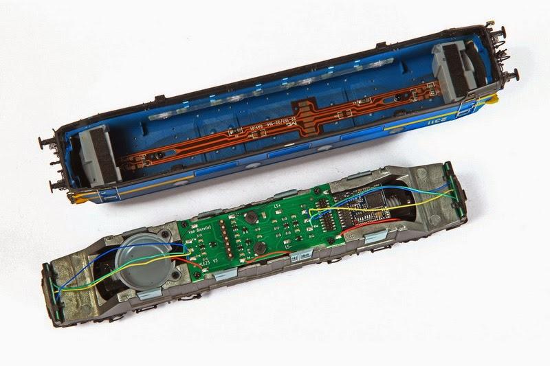 Van Biervliet HO 2366 tpV (VB-3001) en 2311 tpIV  en (VB-3002) 01-12-2013 199,00 IMG_6800.JPG