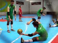 4 Perlengkapan yang Wajib dimiliki Kiper Futsal
