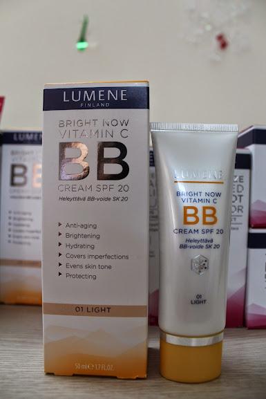 Kem nền che khuyết điểm Lumene Vitamin C+ BB Rạng rỡ & Tươi trẻ 50 ml tác dụng 3 trong 1
