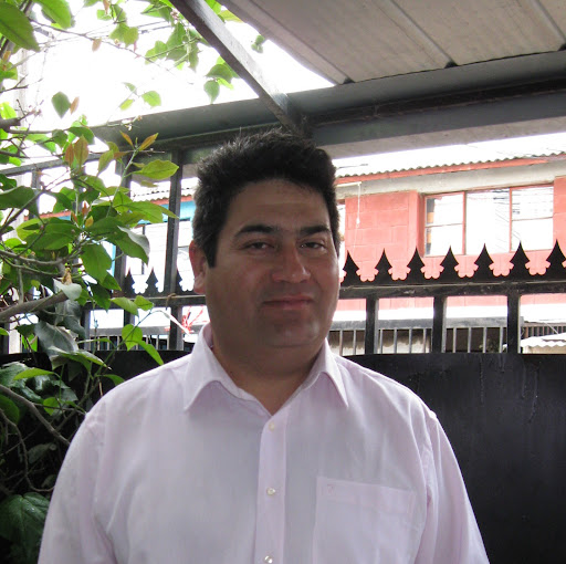 Adolfo Moreno Photo 25