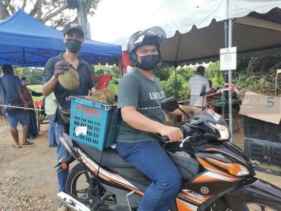 Raih RM20,000 sehari jual durian waktu PKP