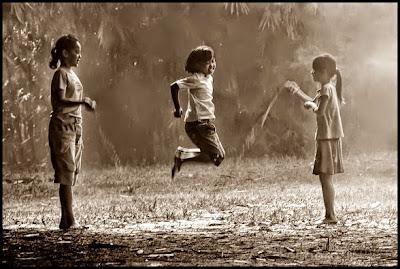 Sapintrong, Permainan Yang Merangsang Pertumbuhan Anak