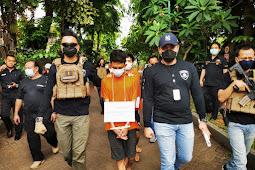 Satreskrim Polres Metro Jakbar Gelar Rekonstruksi Kasus Pengeroyokan dan Penganiayaan Anggota Polisi