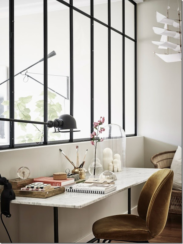 arredare-stile-scandinavo-parete-vetrata-4