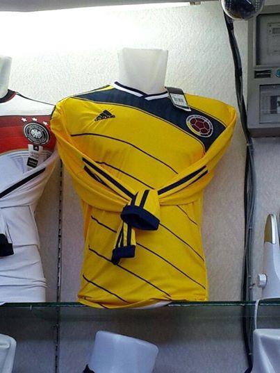 Jual Jersey Kolombia Lengan Panjang Piala Dunia 2014