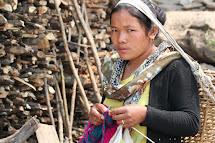 V táborech pro vnitřně přesídlené komunity probíhají kurzy pletení. Foto: Archiv Člověk v tísni