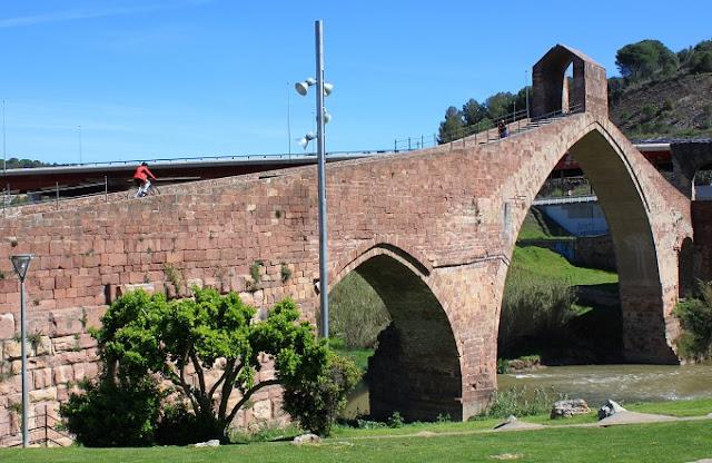 Pont del Diable Martorell.jpg