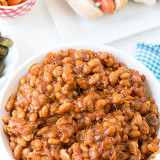 Slow Cooker Barbecue Beans with Bacon