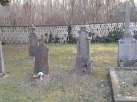 temető9-Régi síremlékek egy csoportja.jpg
