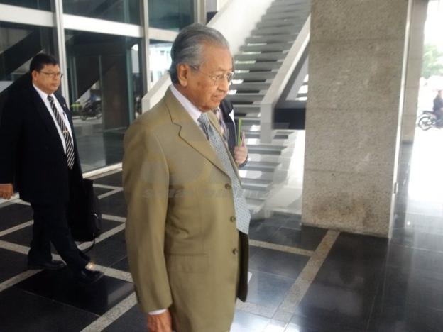 Dr Mahathir 'ceroboh' taklimat Ahli Parlimen