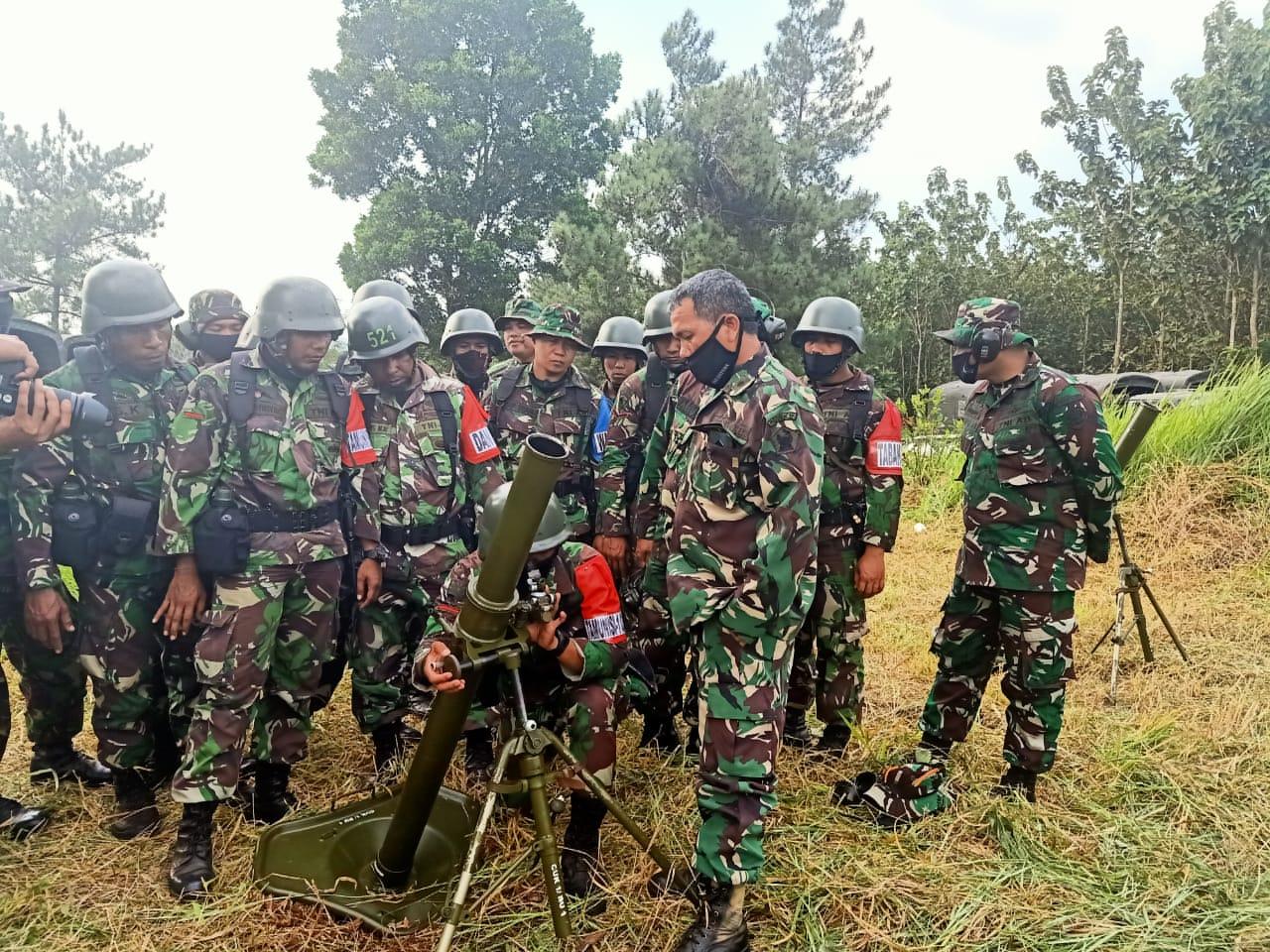Uji Mortir, Prajurit R-301/PKS Hujani Bukit Kapur Dengan Tembakan