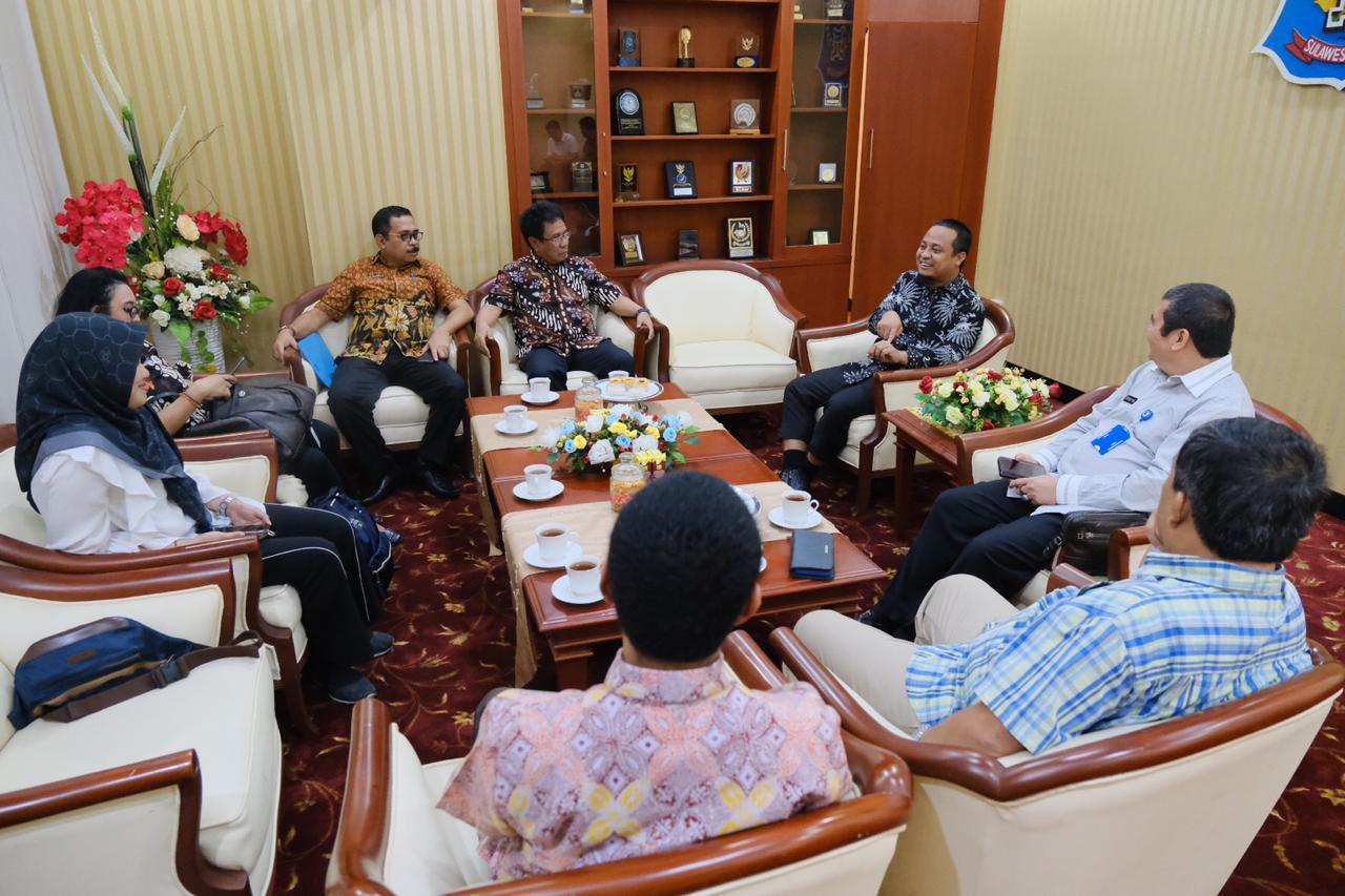 Kota Makassar Urutan Ke Empat Hasil Evaluasi Kinerja Penyelenggaraan Pemerintah Daerah EKPPD Terhadap LPPD 2018