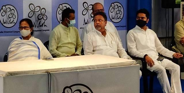 Mukul Roy back to TMC- ಬಿಜೆಪಿಗೆ ಮತ್ತೊಂದು ಭಾರೀ ಹಿನ್ನಡೆ: ರಾಷ್ಟ್ರೀಯ ಉಪಾಧ್ಯಕ್ಷ ರಾಜೀನಾಮೆ, ತೃಣಮೂಲಕ್ಕೆ ಸೇರ್ಪಡೆ