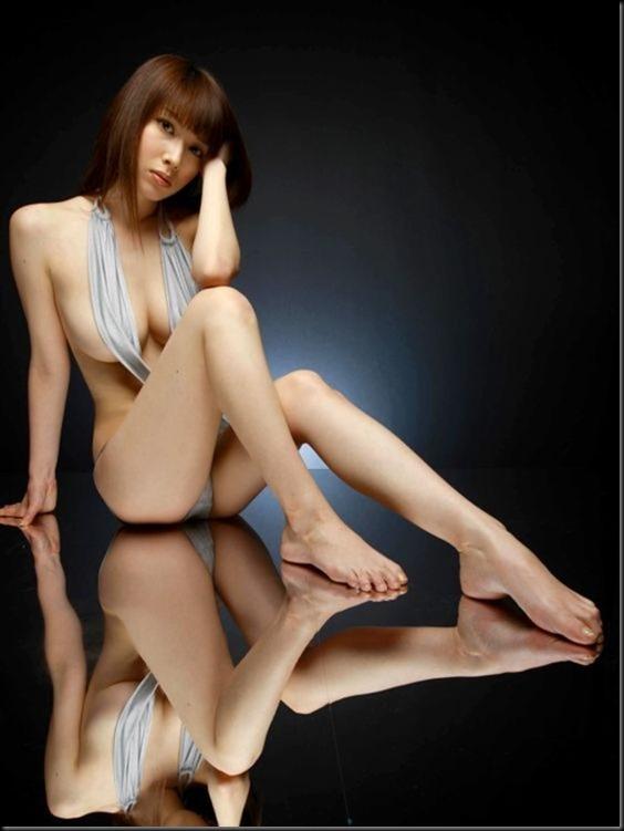 560full-emi-kobayashi (7)