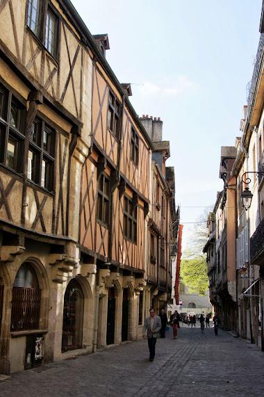 Дижон достопримечательности - Rue Verrerie