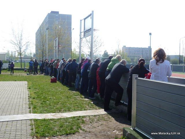 Veľkonočný medzinárodný ZLATÝ futbalový turnaj ČSFA (17.4.2011) - P1020059.JPG