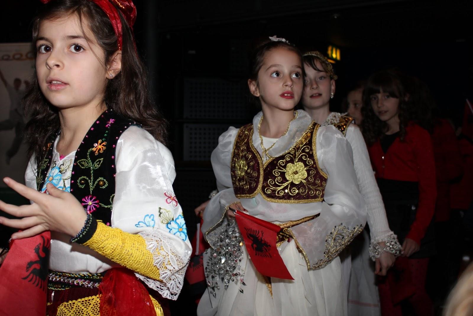 Shpresa Programme - festa e 28 nentorit ne Stratford Theatre