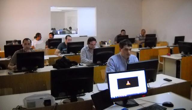 Curso Administración de base de datos PostgreSQL 2015 - DSCN0003.JPG