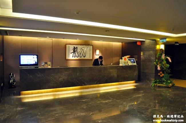 龍邦僑園會館大廳