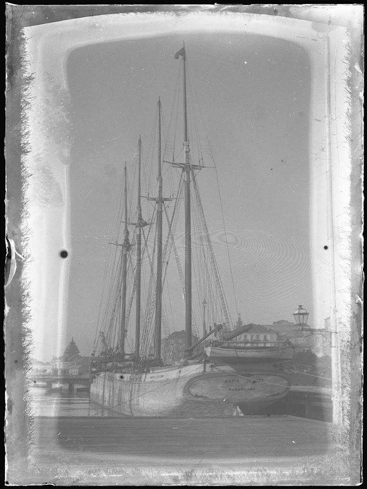 El pailebot MARIA TERESA en Santander. Ca. 1918. Centro de Documentación de la Imagen de Santander. Ver acreditacion completa en texto.jpg