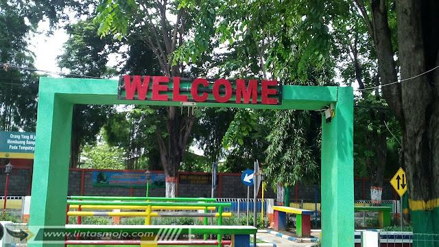 Taman Lalu Lintas  Jl. Pepaya, Magersari Kota Mojokerto