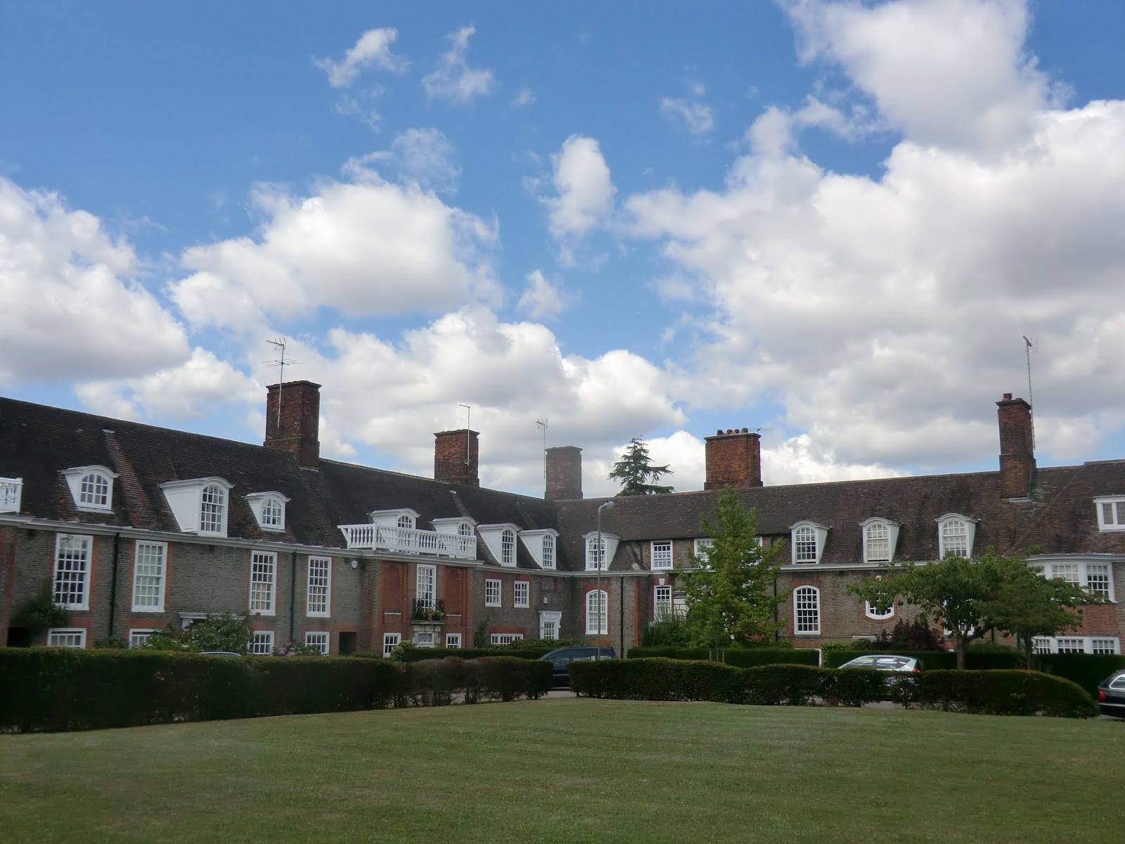 CIMG9234 North Square, Hampstead Garden Suburb