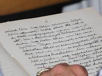 Dr. Lux Gyula tartalékos hadnagy az első világháborúról írt feljegyzéseket, majd gyöngybetűvel naplóba írta.JPG