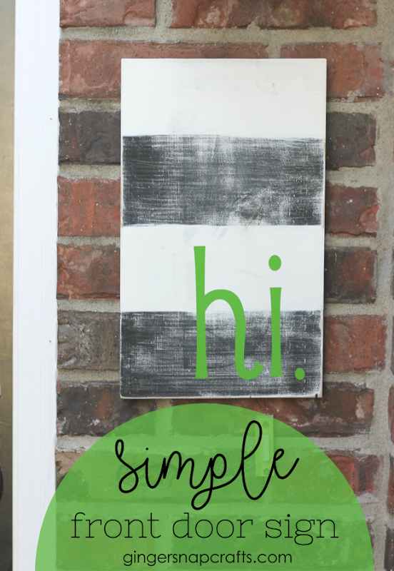 Simple Front Door Sign at GingerSnapCrafts.com #DIY #homedecor #forthehome