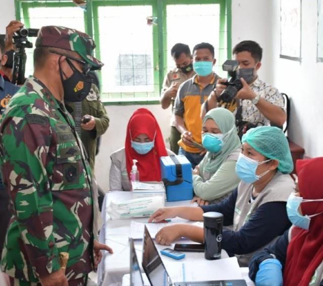 Pangdam I/BB : Ingin Sehat Bersama Anak Cucu, Yuk; Ikuti Vaksinasi Lansia.