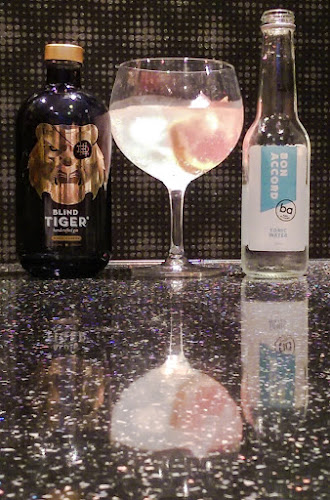Gin, Gin Glasses, Wineware, product review, Schott Zwiesel Gin Copa, Gerry's Kitchen, Blind Tiger Piper Cubera, Bon Accord Tonic Water