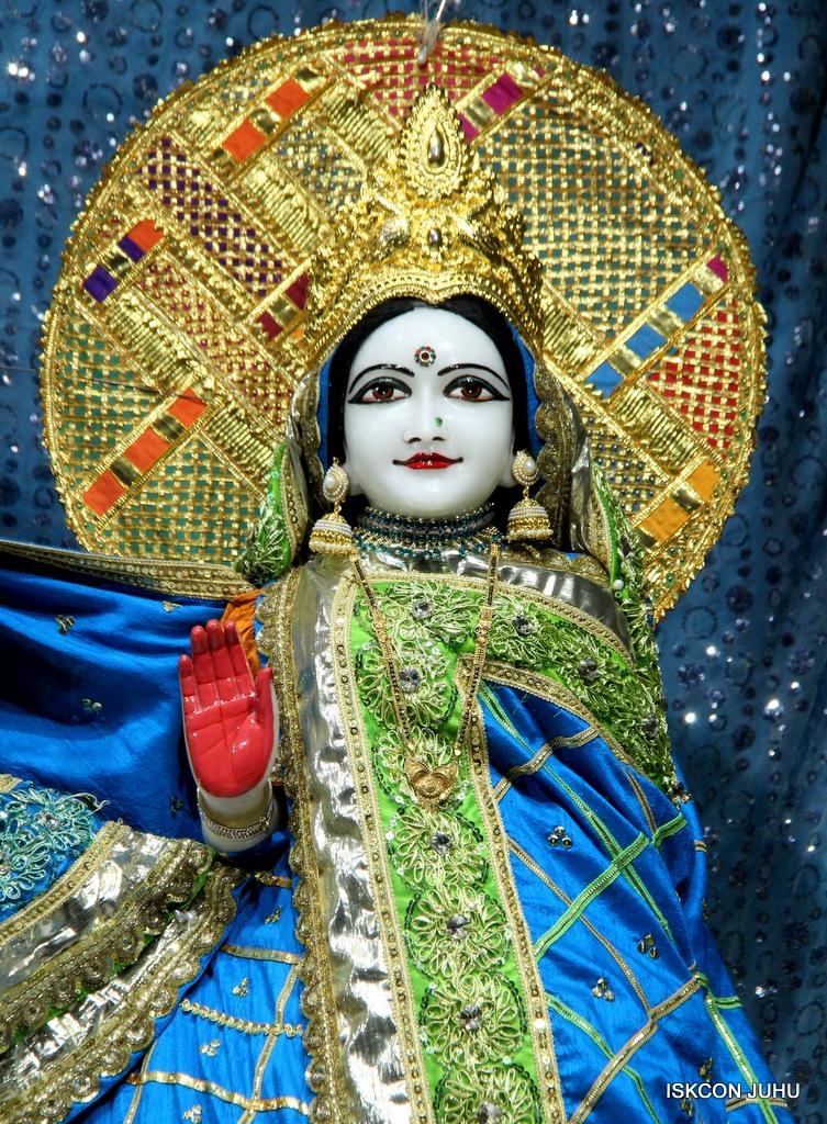 ISKCON Juhu Mangal Deity Darshan on 20th Jan 2017 (9)