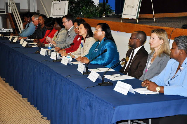 Sept. 2010: Judicial Forum w/GABWA - DSC_3915.JPG