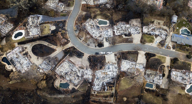 Aerial view of homes incinerated by the Camp Fire on Valley Ridge Drive in Paradise, California, on 3 December 2018. Photo: Noah Berger / AP Photo