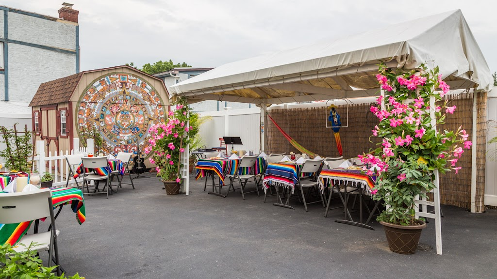 Chichimecas Restaurant-15